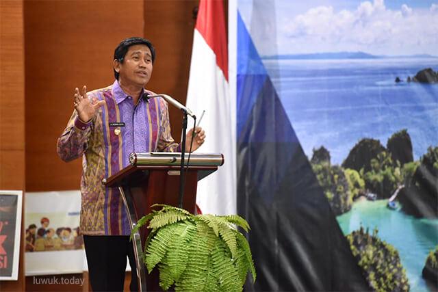 Photo of Keren, Herwin Jadi Pembicara Seminar Bergengsi di Jakarta