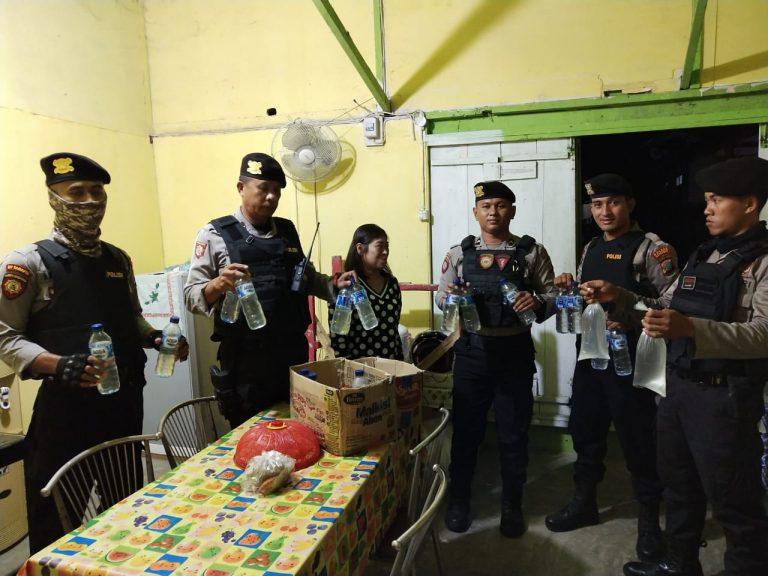 Photo of Tegas! Polres Banggai Ciduk Penjual Miras Cap Tikus