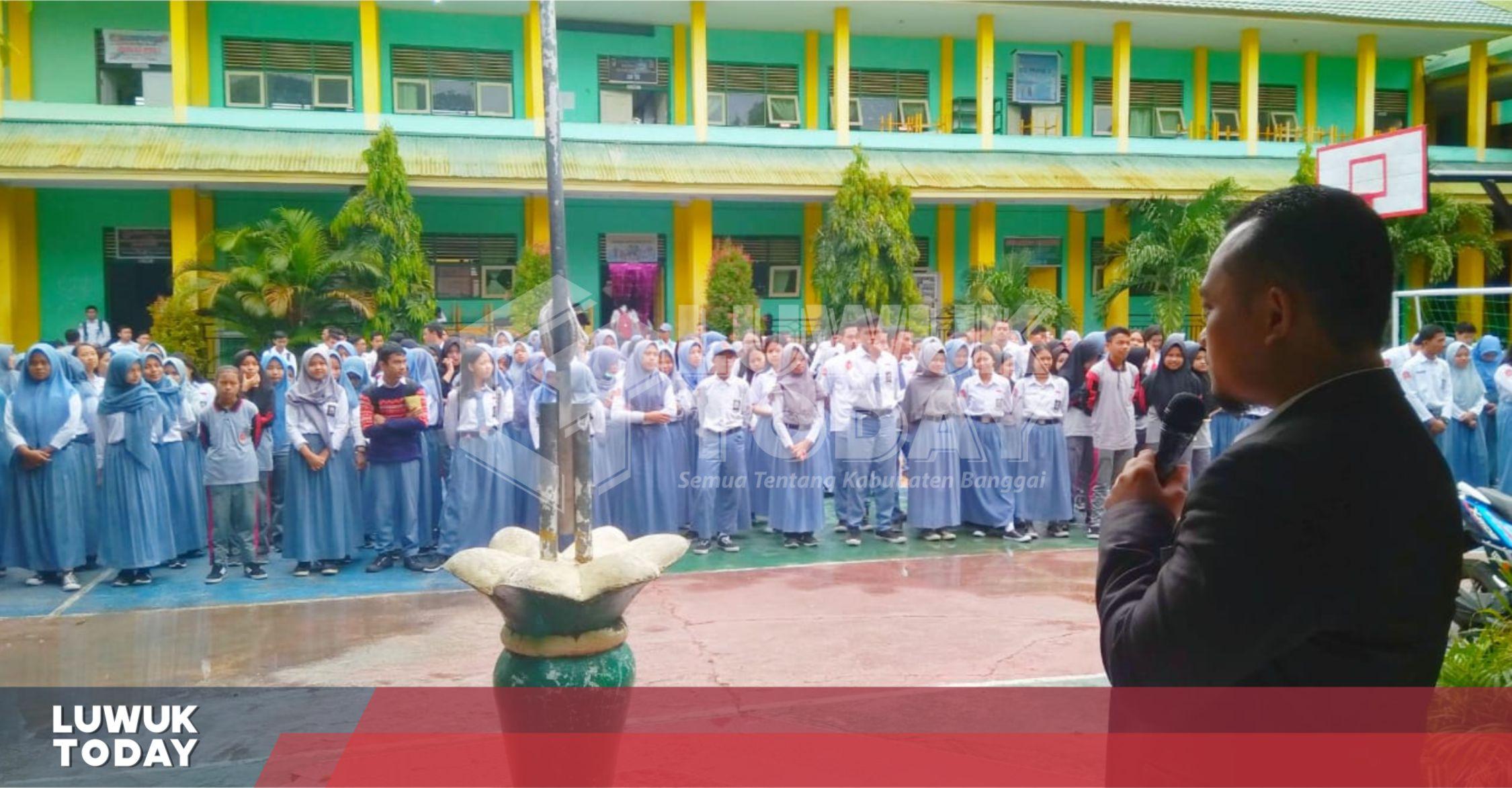 Photo of Dadang Hidayat Berbagi Rahasia Sukses Di SMA Neg. 3 Luwuk