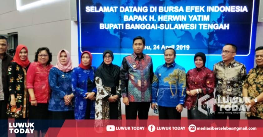 """Photo of Cegah Investasi Bodong, Bursa Efek Canangkan Banggai Jadi """"Kabupaten Nabung Saham"""""""