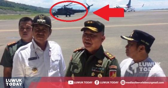 Foto  Pandam XIII/Merdeka, Mayor Jenderal TNI Arios Tiopan Aritonang, S.I.P., mengerahkan Helikopter untuk pendistribusian logistik KPU di Toili Barat, Rabu (17/4/2019).