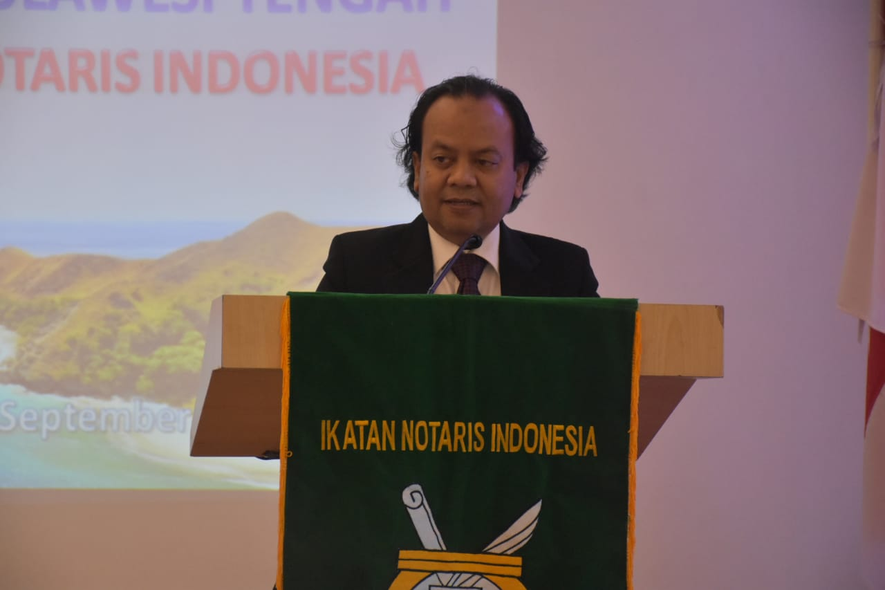 Foto Sambutan Pengurus Ikatan Notaris Indonesia pada acara pembukaan konferensi INI, di Hotel Santika Luwuk, Sabtu (14/9/2019).
