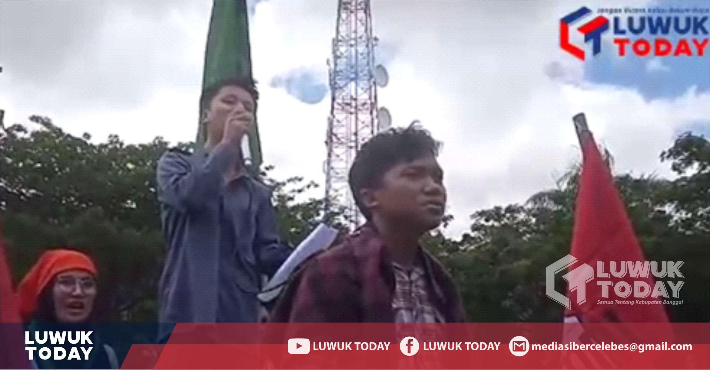 Photo of [Video] Hebat! Siswa STM Luwuk Ini Orasi Dihadapan Ratusan Mahasiswa