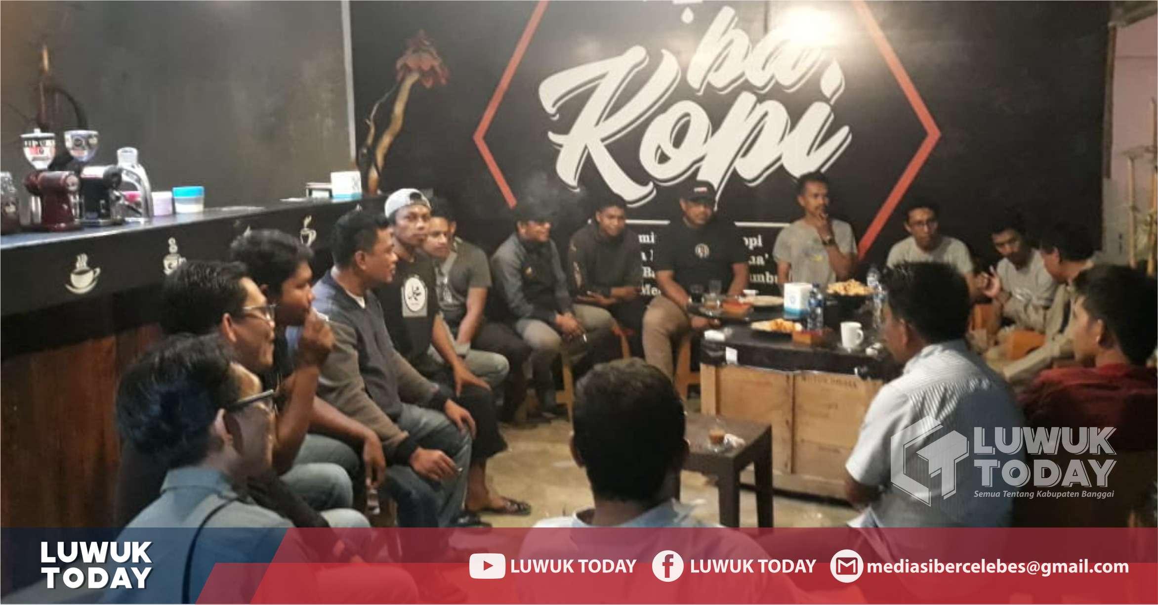 """Photo of """"Ngopi Bareng Soni Lamuna"""" Komunitas Pemuda yang Fokus Bidang Sosial"""