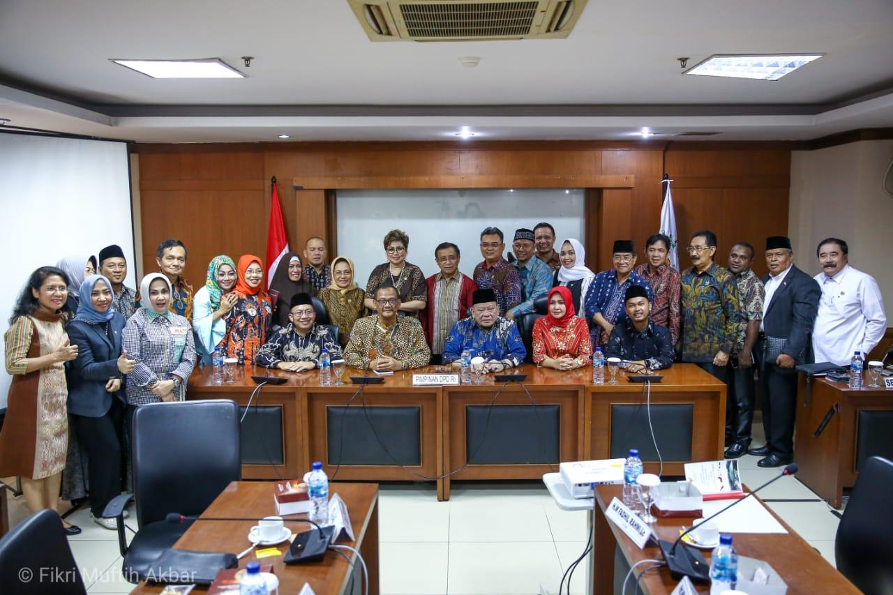 Photo of Terpilih Secara Mufakat Pimpinan Alat Kelengkapan DPD RI 2019