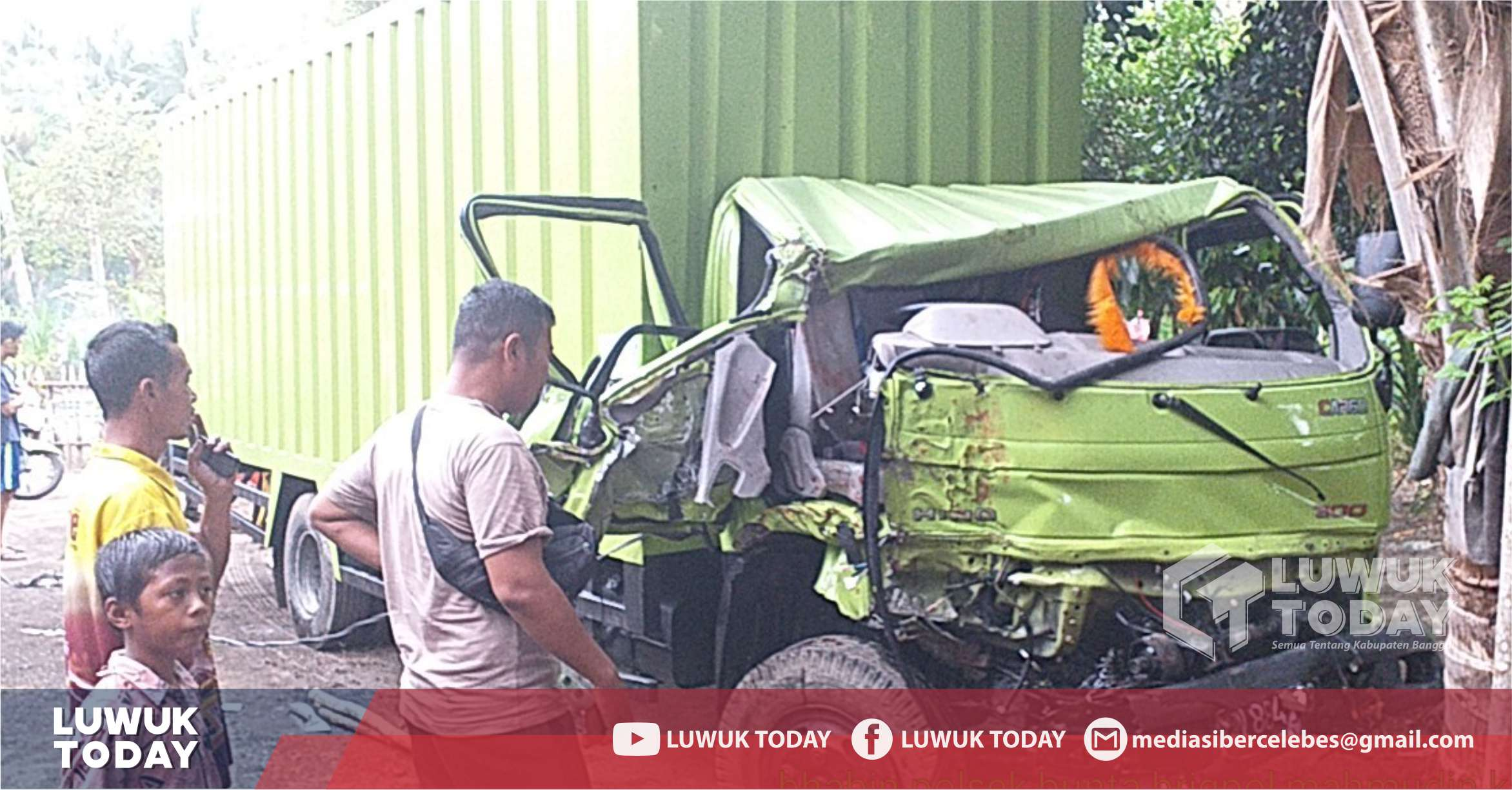 Photo of Lagi, Tabrakan Mobil Truck Box VS Toyata Dyna Di Desa Pongian Bunta