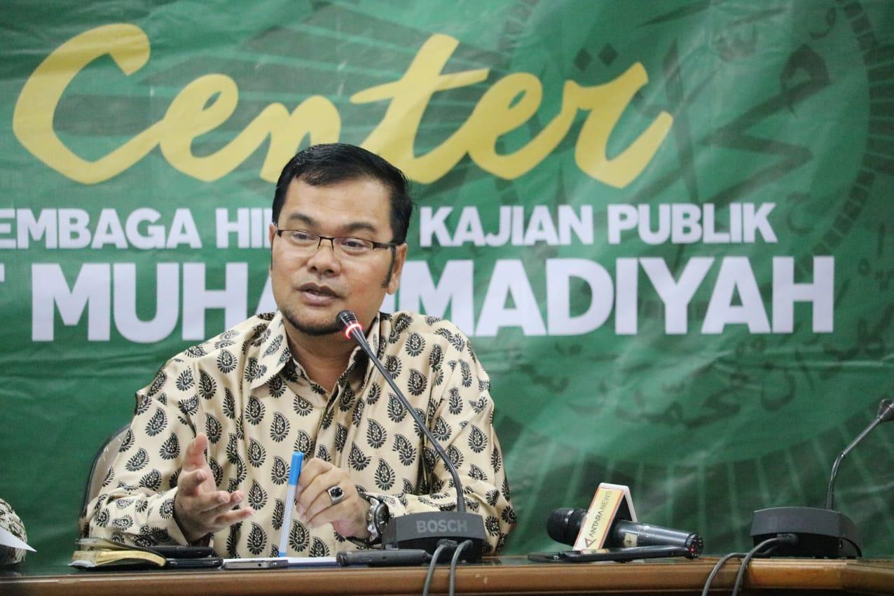 Photo of Menag, Pelarangan Cadar di Instansi Pemerintah, Maneger Nasution: Pejabat Publik Jangan Hanya Merasa Serba Bisa
