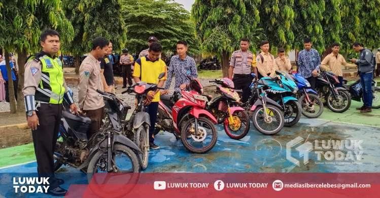 Photo of Polsek Toili Amankan Sajam Dan Knalpot Bogar Pada Operasi Cipta Kondisi