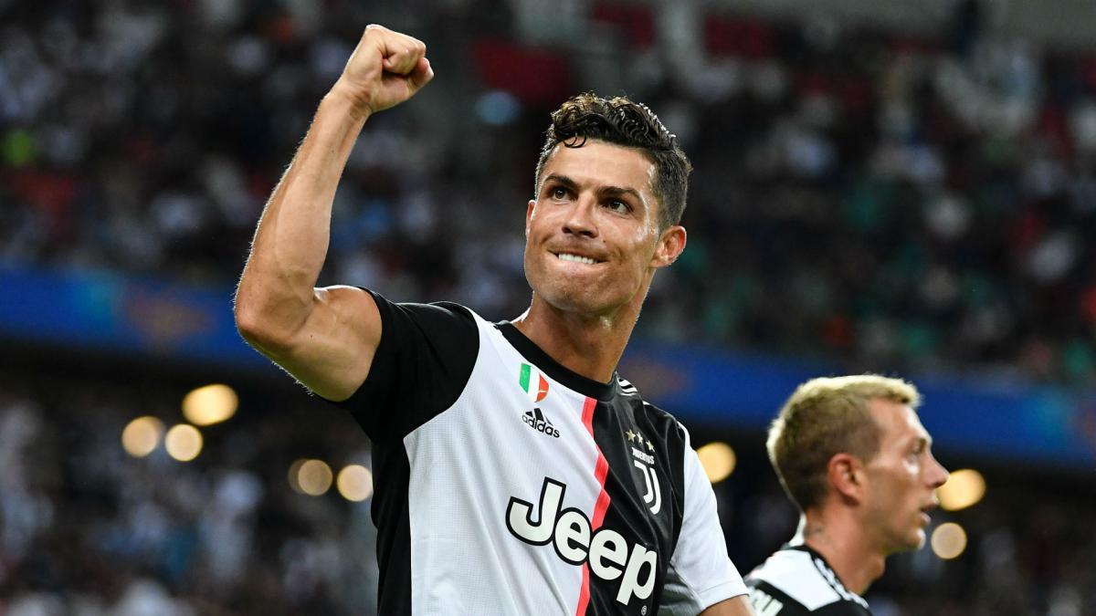 Photo of Ryan Giggs Bocorkan Kondisi Cristiano Ronaldo yang Selalu Bugar