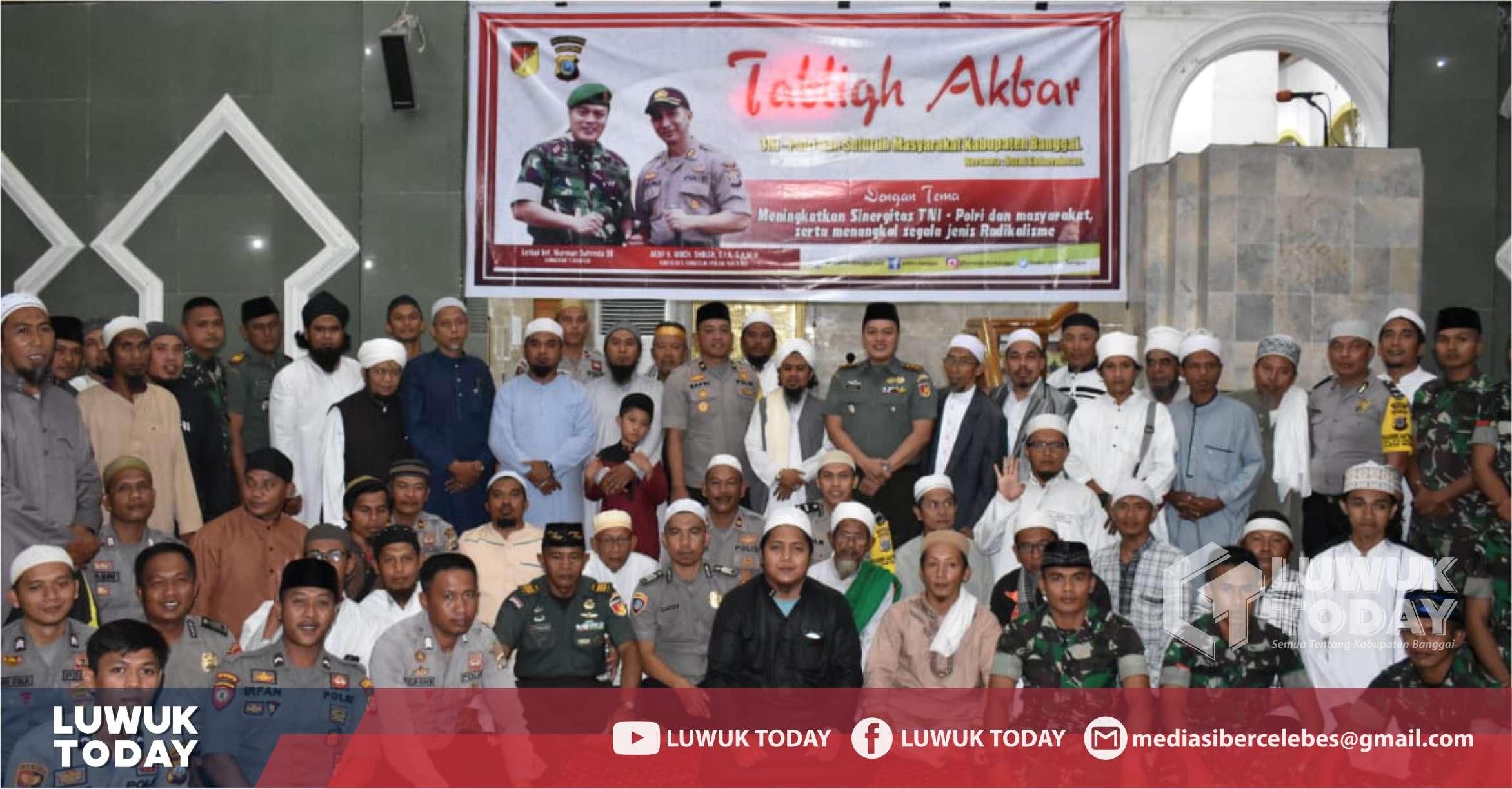 Photo of Tabligh Akbar Bersama, TNI-Polri Bersinergi Jaga Kabupaten Banggai