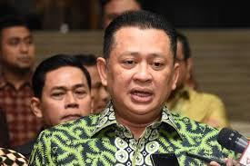 Photo of Politisi Partai Berlambang Pohon Beringin Tengok Cucu Ketiga Jokowi