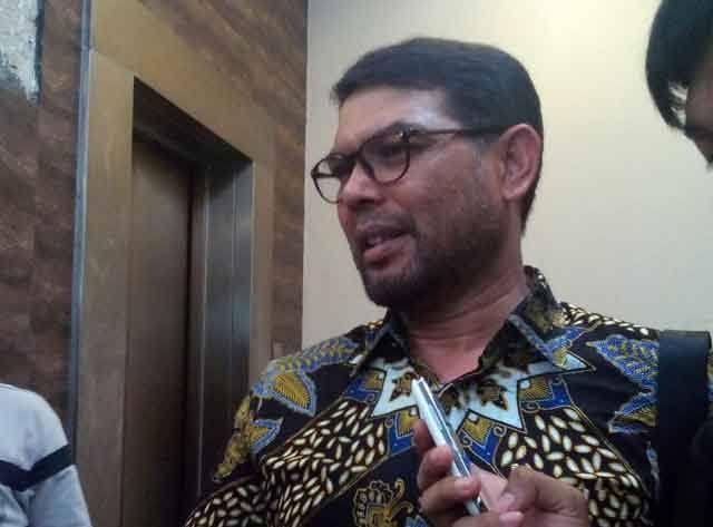 Photo of Nasir Djamil Curiga Isu Radikalisme Tutup Berbagai Masalah