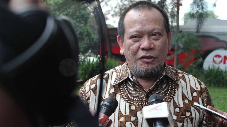 Photo of Ketua DPD RI Prihatin Kebakaran di Kotabaru Kalsel