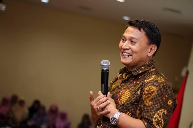 Foto Konsep Pembangunan yang berbeda, Ketua DPP PKS Mardani Ali Sera menilai Partai pendukung Prabowo-Sandi seharusnya tetap berada diluar pemerintahan