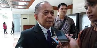 Foto Wakil Ketua MPR RI, Jenguk Menkopolhukam Wiranto di RDPAD Jakarta
