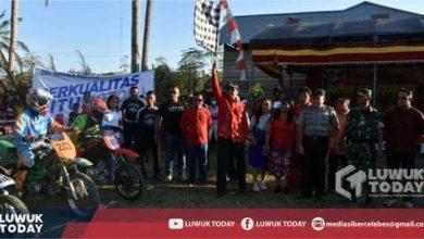 Photo of Bupati Banggai Buka Kejuaraan Super Grasstrack Cup 2019 di Desa Bombanan Kecamatan Mantoh