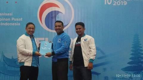 Penyerahan SK kepengurusan Partai Gelora Indonesia Wilayah Sulawesi Tengah. Foto : Sudarsono/Gelora
