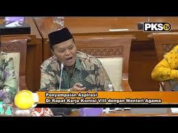 Foto Hidayat Nur wahid saat penyampaian aspirasi Pernyataan dan Kritik Kepada Kemenag pada Rapat kerja komisi VIII DPR RI dengan Menag.