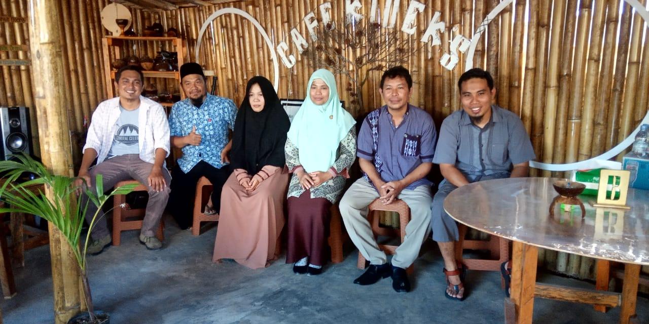 Foto Anggota Analysis on Smart Luwuk. Foto : Fandi Paputungan/LT