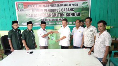 Photo of Datangi DPC PKB, Samsul Bahri Mang Serahkan Formulir  Bacabub