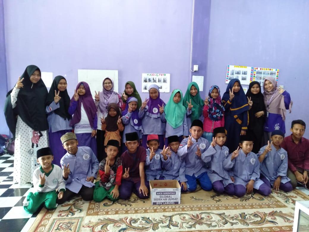 Foto RQV Indonesia Deklarasikan Kampung Qur'an Ketiga di Labusel Sumut