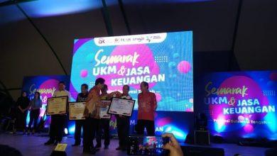 Photo of Sukses Dorong Pengembangan UMKM, Pemkab Banggai Raih Dua Penghargaan Dari OJK
