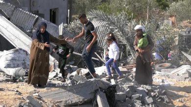 Photo of Tiga Tahun Siapkan Apartemen, Pengantin Baru di Gaza Kehilangan Tempat Tinggal Akibat Serangan Udara Israel