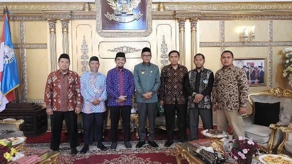 Photo of Dukung Penuh Kegiatan Ummat Fest 2019, Gubernur Sulsel : Ini Rahmat Bagi Sulawesi Selatan