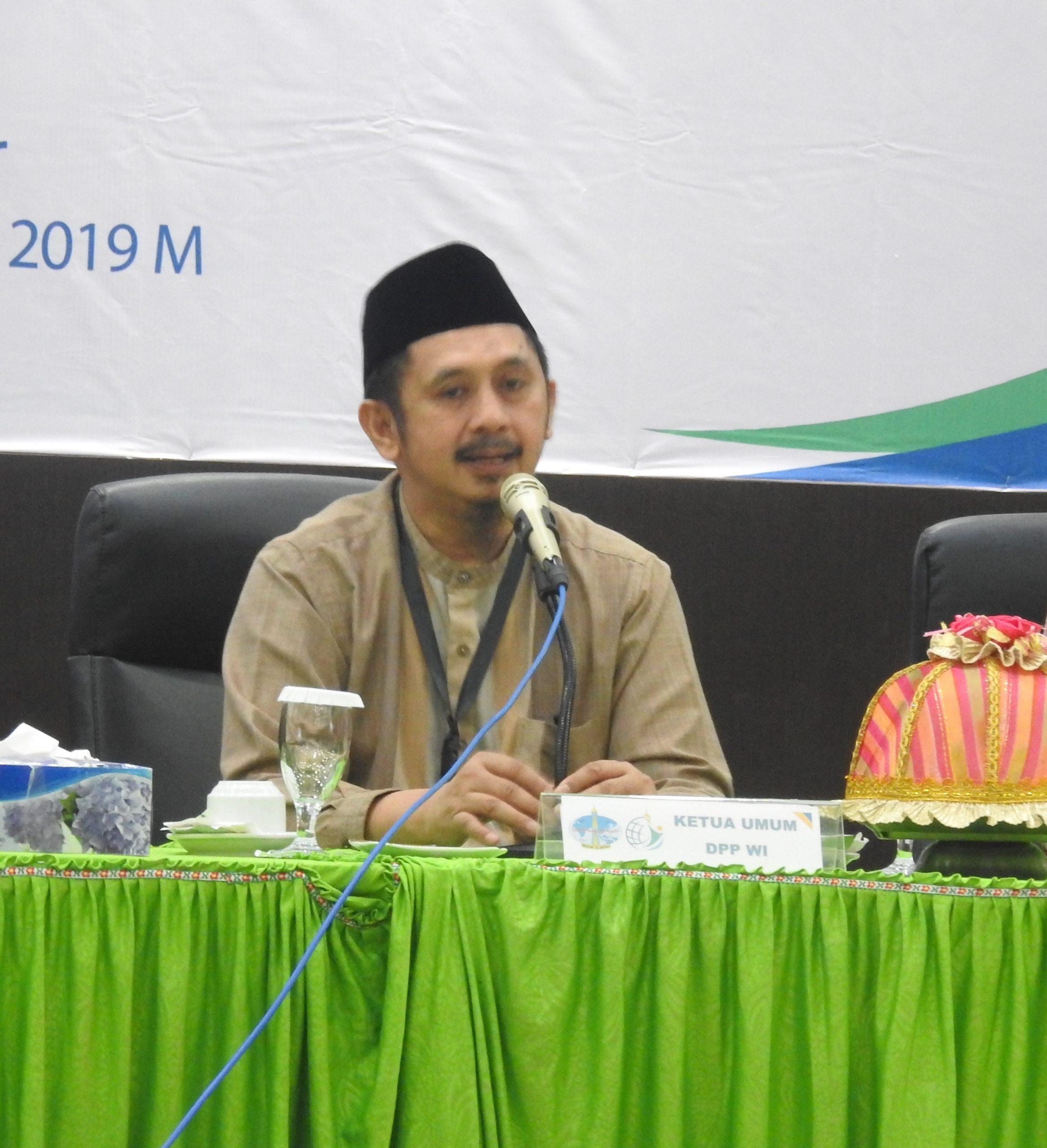 Foto Ketua Umum DPP Wahdah Islamiyah KH. Muhammad Zaitun Rasmin, menyatakan, kezaliman pemerintah Cina terhadap etnis Uighur melukai perasaan umat Islam di Indonesia.