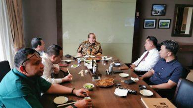 Photo of Yusril dan Ketua DPD Bahas Sejumlah Isu Ketatanegaraan