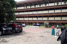 Photo of Soal Pelajar Lompat Dari Lantai 4 Gedung Sekolah, Generasi Dorong Kemendikbud Turun Tangan