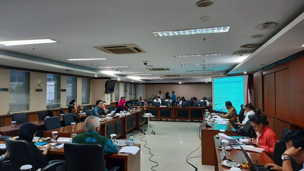 Foto Komite II DPD RI memandang penting untuk segera merevisi Undang-Undang (UU) No. 18 Tahun 2008 Tentang Pengelolaan Sampah.