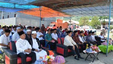 Photo of Bupati Herwin Yatim Hadiri Peresmian Masjid dan Markaz Al-Huda di Desa Tontouan