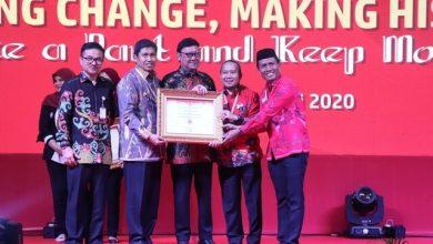 Photo of Pemkab Banggai Kembali Torehkan Prestasi, Raih Predikat A pada SAKIP Award 2019