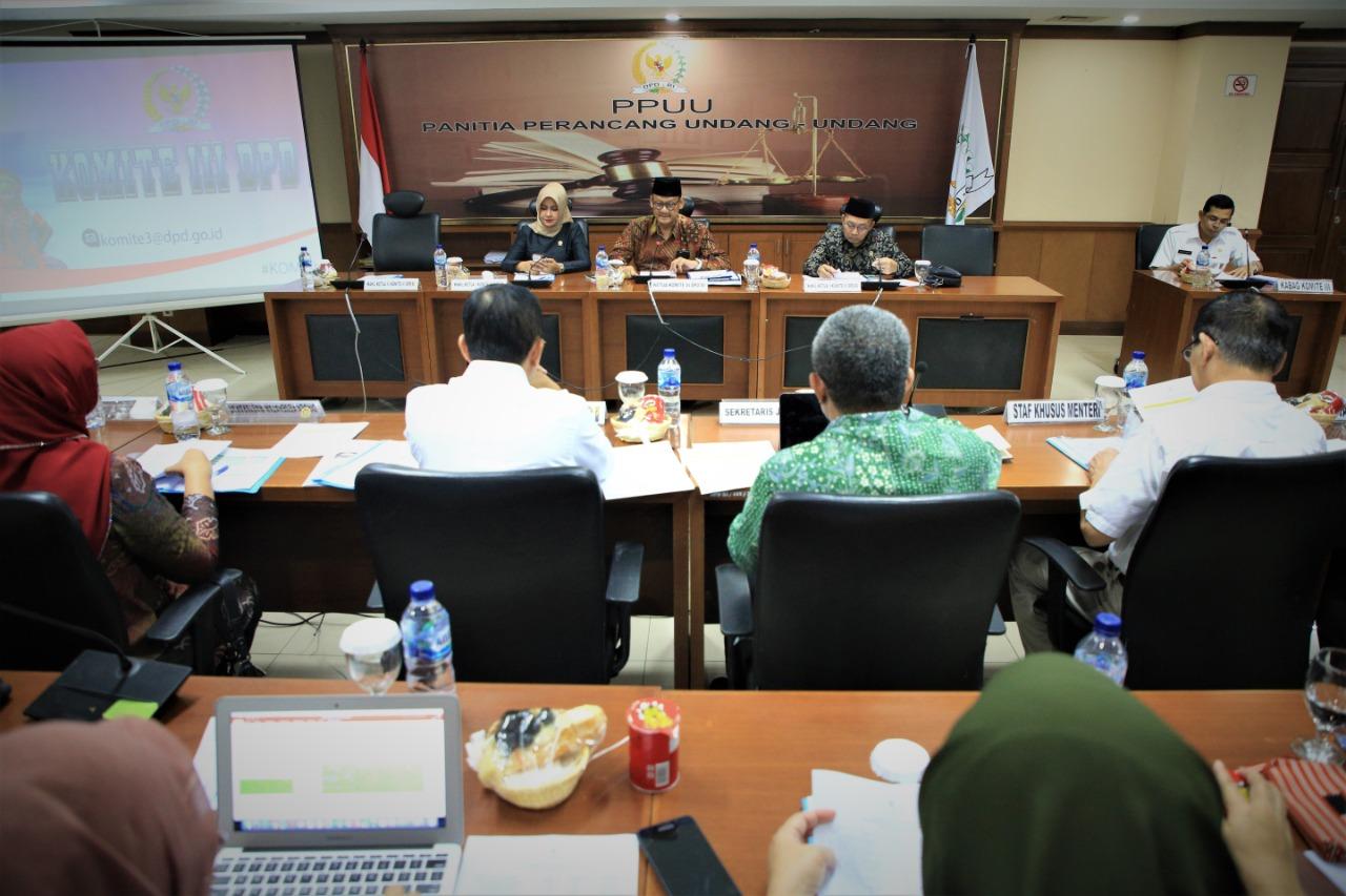 Foto Komite III DPD RI Minta Kemkes Tingkatkan Standar Fasilitas Kesehatan