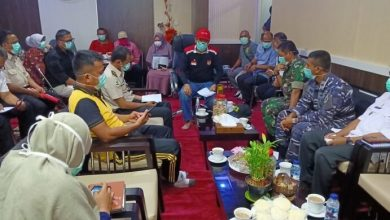 Photo of Bupati Herwin Yatim Adakan Rapat Terbatas Tim Gugus Tugas Penanganan Covid-19