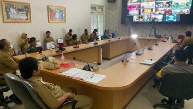 Photo of Rapat Teleconference Bersama Gubernur, Bupati Banggai Laporkan Update Data Penanganan Covid-19