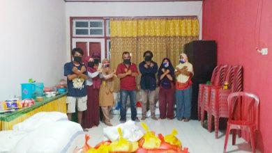 Photo of Wujud Partisipasi Dampak Covid-19, FKMKB Bersama Pemerintah Kecamatan Bualemo Bagikan Paket Sembako