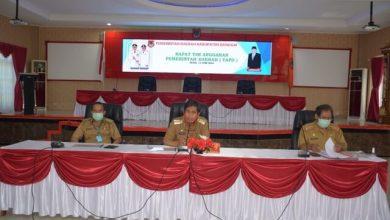 Photo of Gelar Rapat Anggaran, Ini Curhatan Bupati Banggai Herwin Yatim