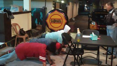 Photo of Kedapatan Konsumsi Miras, Tiga Pemuda di Luwuk Dihukum Push Up