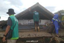 Photo of Laznas WIZ Bergerak Bantu Proses Evakuasi Korban Banjir Bandang di Masamba