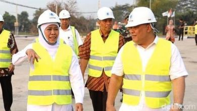 Photo of Kepala Bappeda Jatim Meninggal Dunia, Gubernur Khofifah: Duka Mendalam Bagi Keluarga besar Pemprov Jatim
