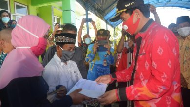 Photo of Permudah Miliki Buku Nikah, Kementrian Agama Kabupaten Banggai Gelar Isbat Nikah