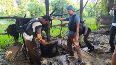 Photo of Berantas Miras, Polsek Bunta Musnahkan Lokasi Penyulingan Cap Tikus di Laonggo