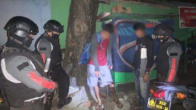 Photo of Teguk Miras, Dua Pemuda di Luwuk Dibubarkan Polisi