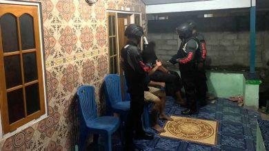 Photo of Mabuk dan Buat Keributan, Dua Remaja di Luwuk Diamankan Polisi