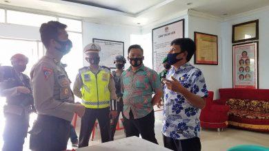 Photo of Dipimpin Kabag Ops Polres Banggai, Patroli Gabungan TNI-Polri Kunjungi KPU dan Bawaslu