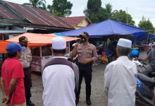 Photo of Polisi Gelar Operasi Yustisi di Pasar Kecamatan Batui Selatan
